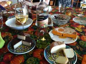 Thanksgiving wine and cheese